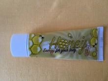 Med pastovaný v tubě